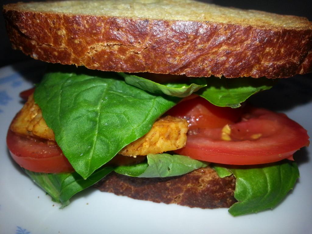 TomatoBasilTempehSandwich